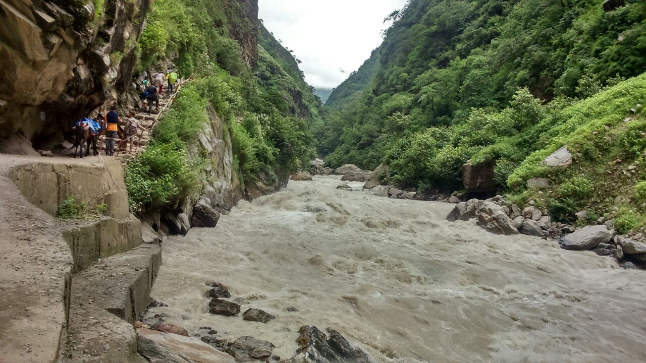 Best-places-for-Trekking-in-uttarakhand