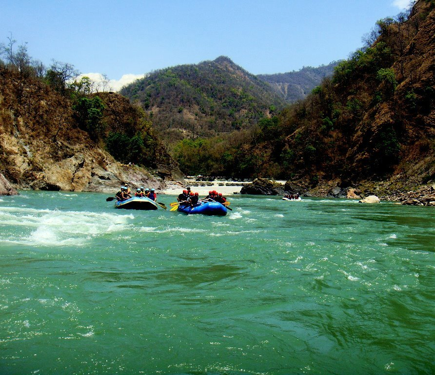 water-rafting-rishikesh